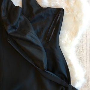 Laundry By Shelli Segal Dresses - LAUNDRY by Shelli Segal - Black Mini Dress 💛💛